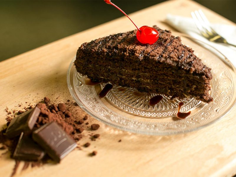 Tort Marlenka cu cacao și lapte