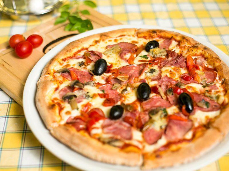 Pizza La Bella Napoli